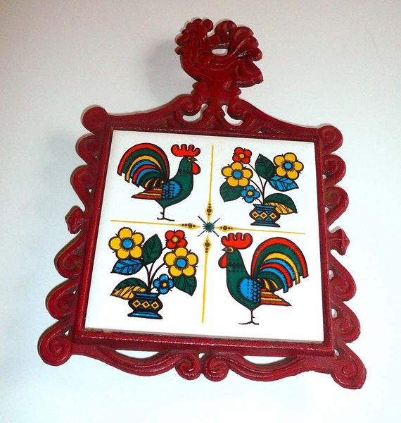 Red Cast Iron Rooster Trivet