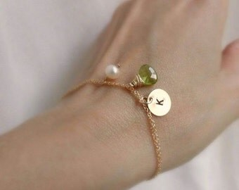 Birthstone & Initial bracelet, Green Peridot, personalized bracelet, gold filled, Bridesmaid gift, mothers bracelet, mothers jewelry