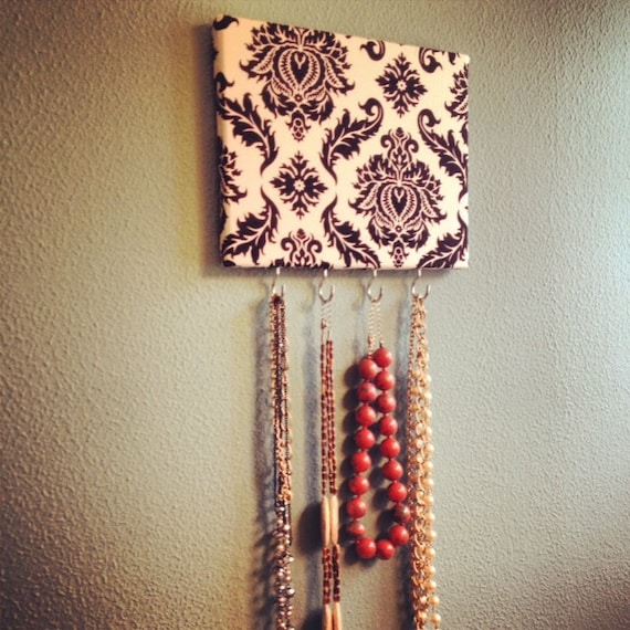 Black & White Damask Jewelry Hanger