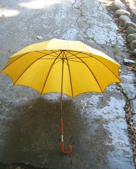 Let It Rain Pretty Yellow Fabric Vintage Umbrella