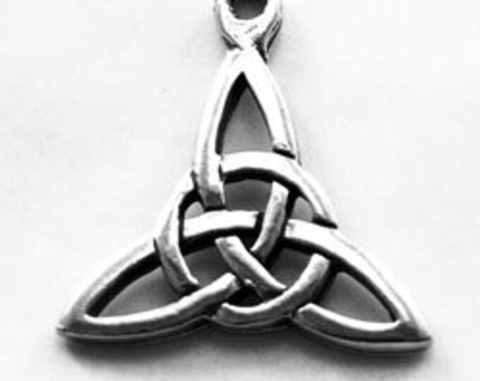 1 x Celtic  Triquetra celtic knot pendant 1 bail Australian Pewter R398