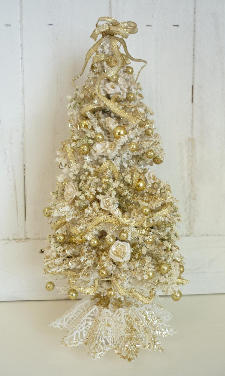 elegant white and gold christmas tree dollhouse by kristinabears. Black Bedroom Furniture Sets. Home Design Ideas