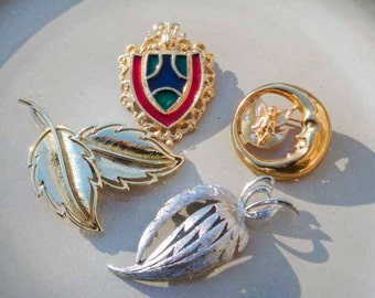 Vintage Set of 4 Brooch LOT for sale