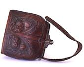 1920's Art Nouveau Cameo Quality Tooled Leather Purse