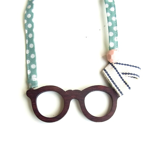 Wooden Glasses Fabric Ribbon Necklace