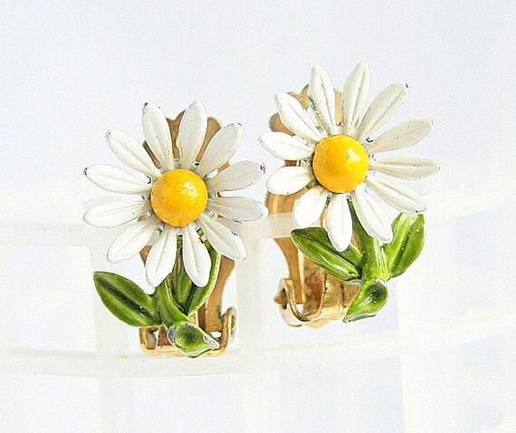 Vintage Daisy Earrings Enamel Metal Yellow By