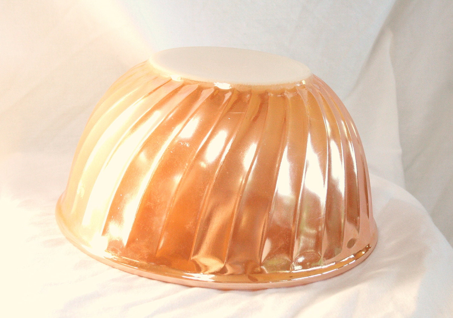 Vintage Fire King Peach Lustre Bowl Swirled Mixing 9 Iinch 3