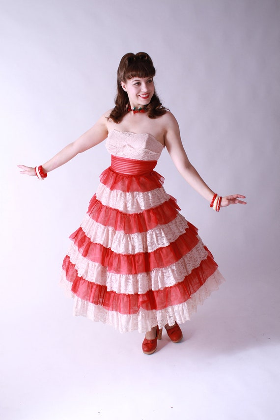 LAST CHANCE Vintage 1950s Party Dress - Red and Pale Pink Tulle Cupcake Princess Strapless Party Wedding Dress Tea Length