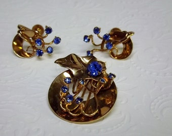 Karu Arke Sapphire Blue Rhinestone Brooch and Earrings, Starburst 1950's Matched Set, Costume Jewelry