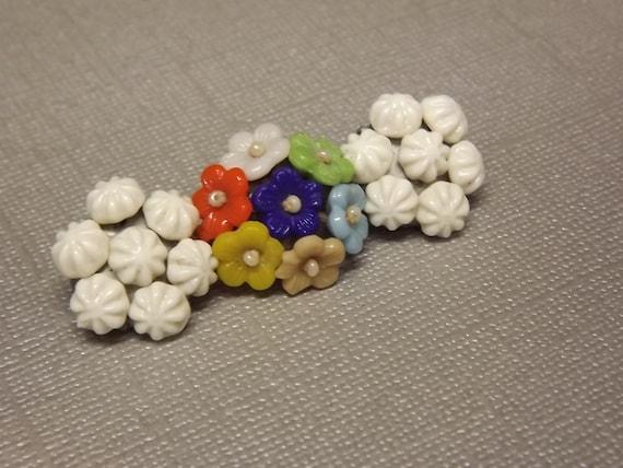 Brooch Czechoslovakian Flower Delicate 1940s Vintage Jewelry