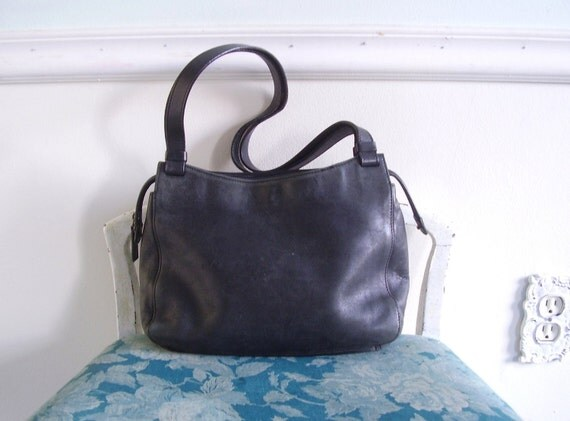 Black Leather Vintage Early 90s Tote Bag Purse Classic Simple
