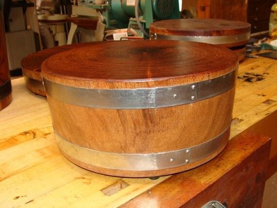 Mesquite Wood End Grain , Round Cutting Board