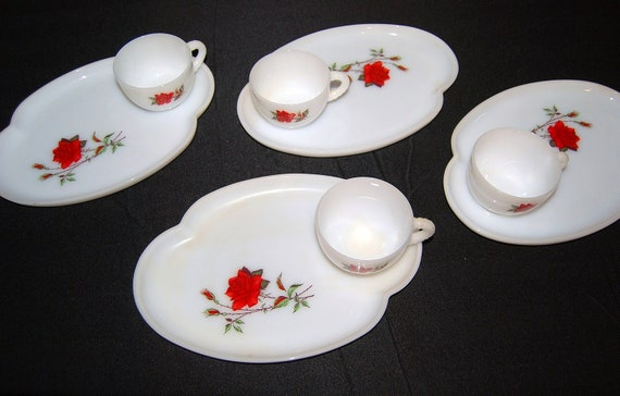Vintage Dishes Shabby Chic Red Rose