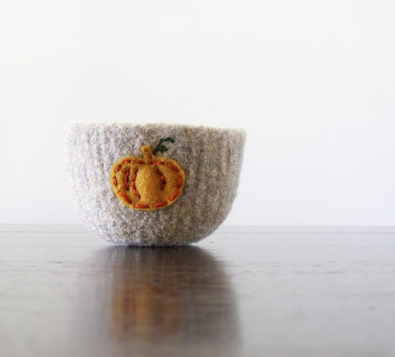 from the pumpkin patch - beige felted wool bowl with eco felt pumpkin - Thanksgiving home decor, autumn decor, container, desk organizer
