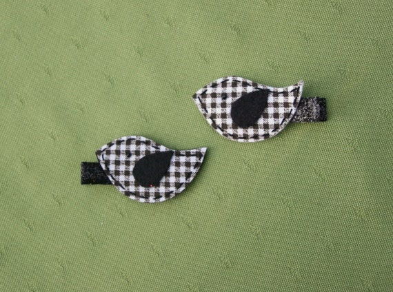 SALE-- Gracey the Gingham Dove Clippie Set, Black and White Bird Hair Clips