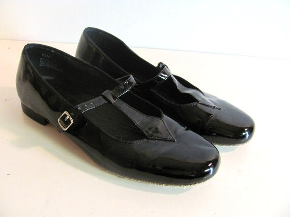 Vintage black patent t strap mary janes square dancing shoes 8.5