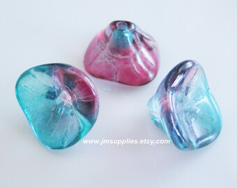 10x12mm Pink and Blue, Three Petal Flower Beads
