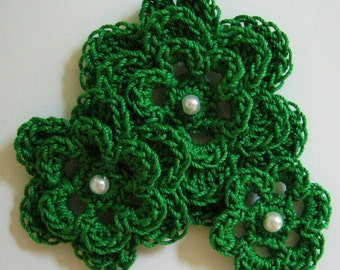 Crocheted Flowers - Kerry Green With a Pearl - Cotton Flowers - Crocheted Flower Appliques - Crocheted Flower Embellishments - Set of 3