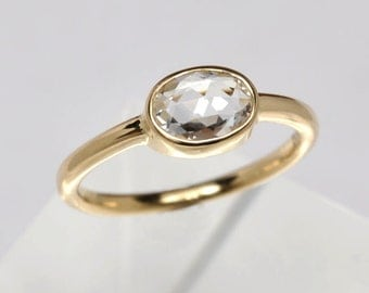 White rose cut sapphire ring - 18k gold