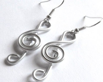 Treble Clef Music Earrings - Customize your Color