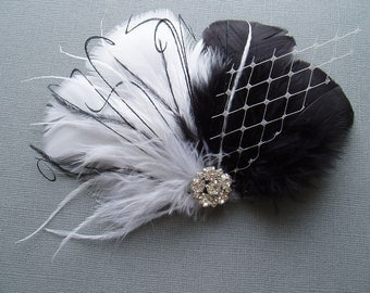 Feather Wedding Hair Clip, Bridal hair accessories, BLACK and WHITE Fascinator, brides hair, bridal shower, bridesmaid hair piece