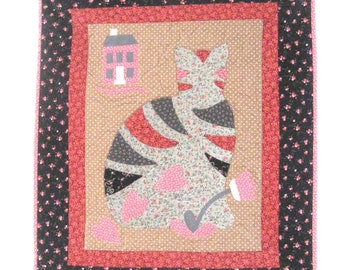 Country Quilt Sitting Pretty Kitty Calico Wall Hanging Lap Quilt Pink Brown Black