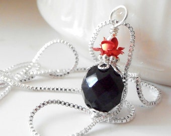 Red and Black Bead Jewelry Bridesmaid Necklace Red Rose Pendant Black Faceted Czech Glass Gothic Wedding Jewelry Bridesmaid Gift Necklace