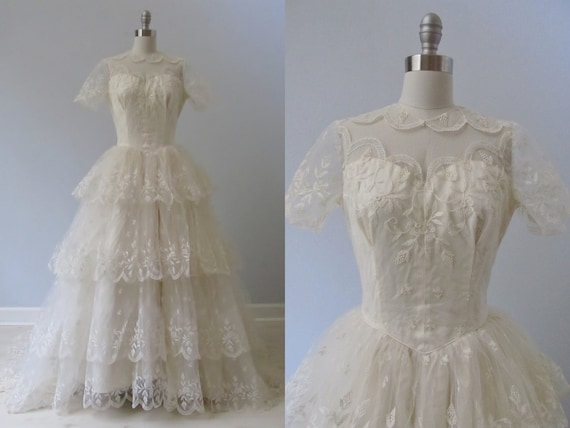 RESERVED vintage 1950s Wedding Dress /  Short Sleeve Dress / Strawberry Embroidery /  Camilla