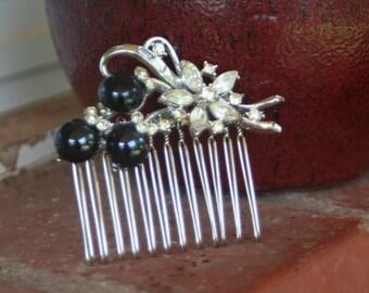 H17 Vintage Crystal Clear Diamond Rhinestone Flower Black Berry Upcycled Hair Comb