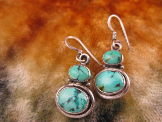 Earrings - Sterling Silver - Peirced Ears - Turquoise Earrings - Blue Stone Jewellery - Dangle - Collectible - Women Fashion -Stamped