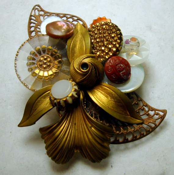 Ecochic Recycled Vintage Buttons and Gold Filigree, VOILA, A Flowered Brooch Pin, OOAK Unique, Fancy