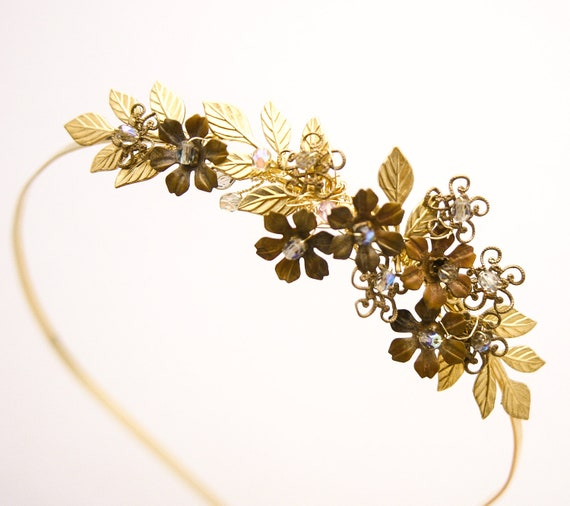 Golden wedding tiara, gold leaves and vintage brass flower headband wedding hair
