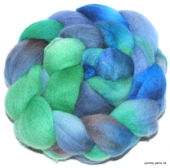 POLWARTH Hand Painted Polwarth top ,roving fiber spinning felting 120g