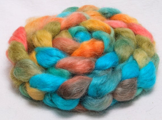 English Teeswater  handpainted top roving spin felt  100g