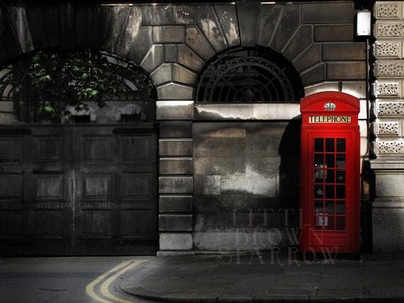 St.Barts - photographic postcard - vintage style - England - London streetscape