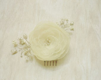 SALE- Ivory Flower Fascinator/ Hair clip/ Hair Comb or brooch