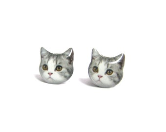 Cute Grey and White Cat Kitten Stud Earrings - A025ER-C02 Made To Order