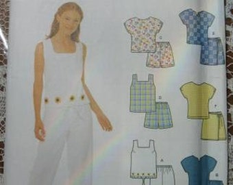 Simplicity 5161 Size HH 6 -12 Misses Top, Pants, Shorts Summer Outfits
