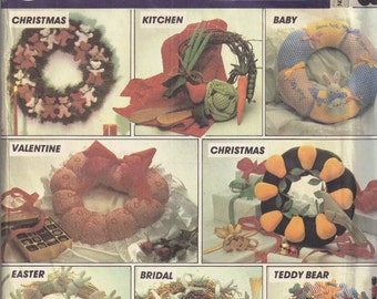 Door Wreath Craft Holiday Sewing Pattern Christmas Baby Valentine Easter Bridal McCalls 8648 DIY Home Decoration