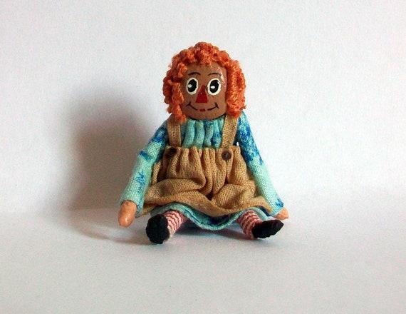 Miniature Raggedy Ann Doll (1 inch dollhouse scale)