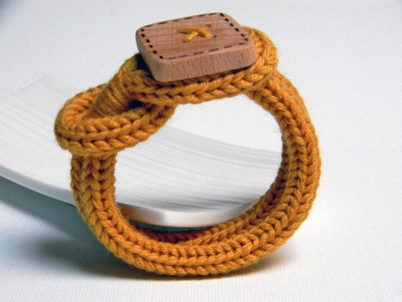 Mustard yellow knitted wool yarn bracelet Noemi, handmade square wood button, knitting jewelry.