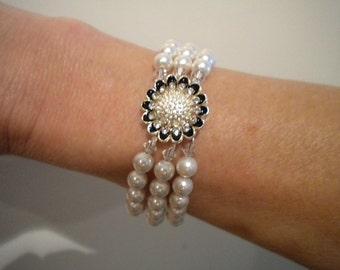 Wedding Bracelet Black Tie Affair Bracelet Wedding jewelry Wedding Accessory Pearl Bracelet