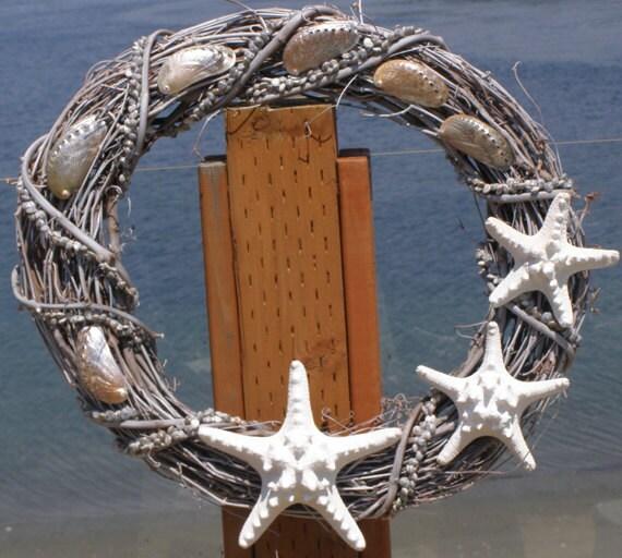 BEACH DECOR, seashell wreath, graduated size starfish, driftwood gray, nautical wreath