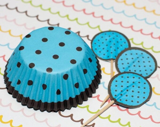 Blue/Dark Brown Polka Dot Cupcake Set