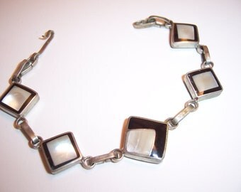 Vintage Sterling Silver Mother Of Pearl MOP & Black Onyx Reversable Bracelet