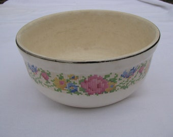1930's Vintage Harker Hotoven Mixing Bowl Petit Point Pattern Large Size