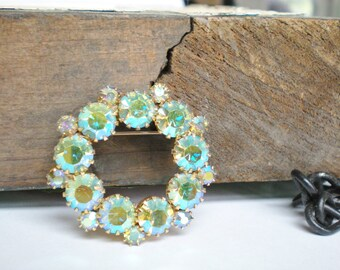 Vintage Blue Green Wreath Brooch