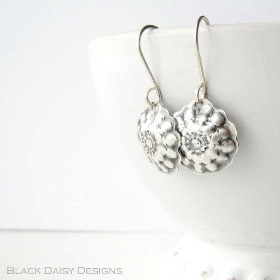 Small and lightweight sterling silver earrings Silver Cupcakes
