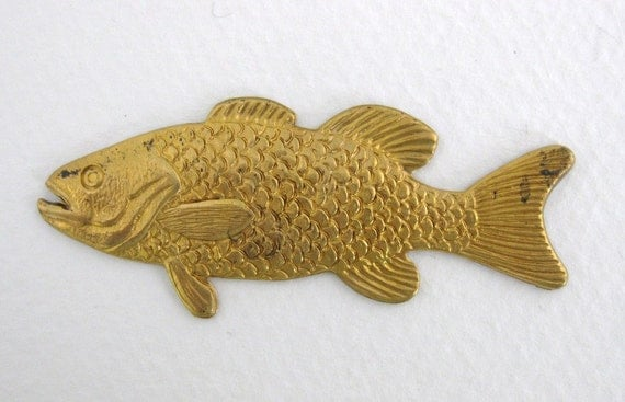 Large Vintage Brass Stamping Gold Fish 57mm stp0034 (1)