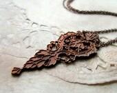 Vintage brass necklace art nouveau leaf charm minimal simple elongated chain - The Parlor